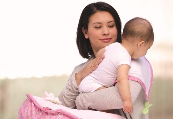 Chế độ dinh dưỡng cho bé từ 6 – 12 tháng tuổi