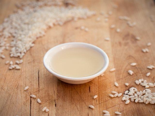 Rửa mặt bằng Giấm gạo