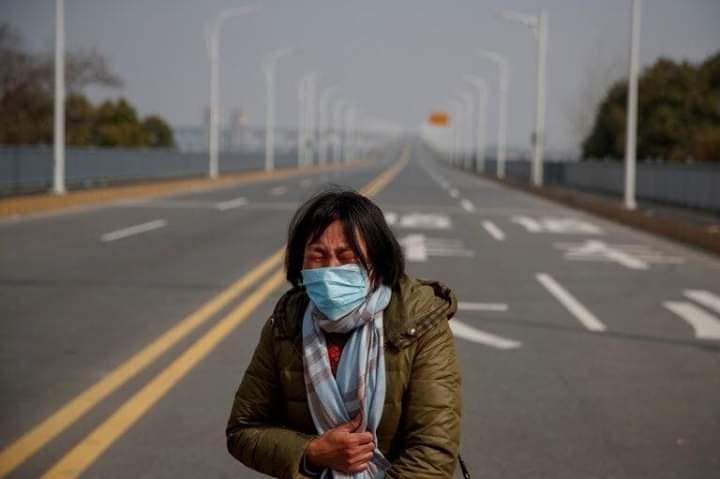 Những câu chuyện gây xúc động trong cơn bão virus corona