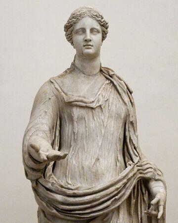 Tượng đá cẩm thạch của Demeter