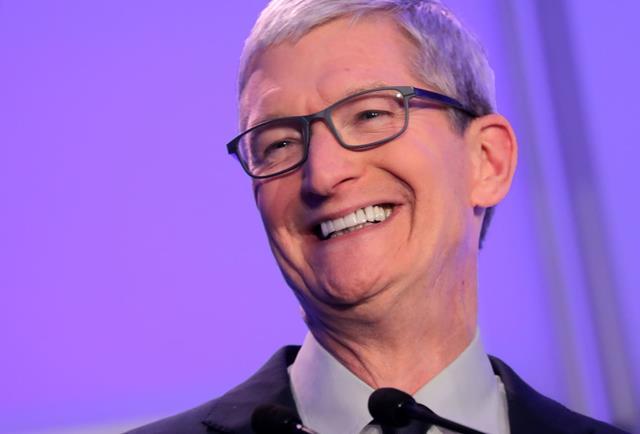 Tim Cook của Apple
