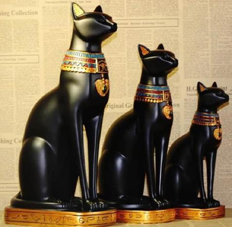 Tượng mèo đen ở Ai Cập